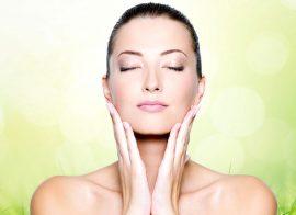 Dermokozmetik Ürünleri Tedaviyle Buluşturmak | Ecz. Adile Özdağ